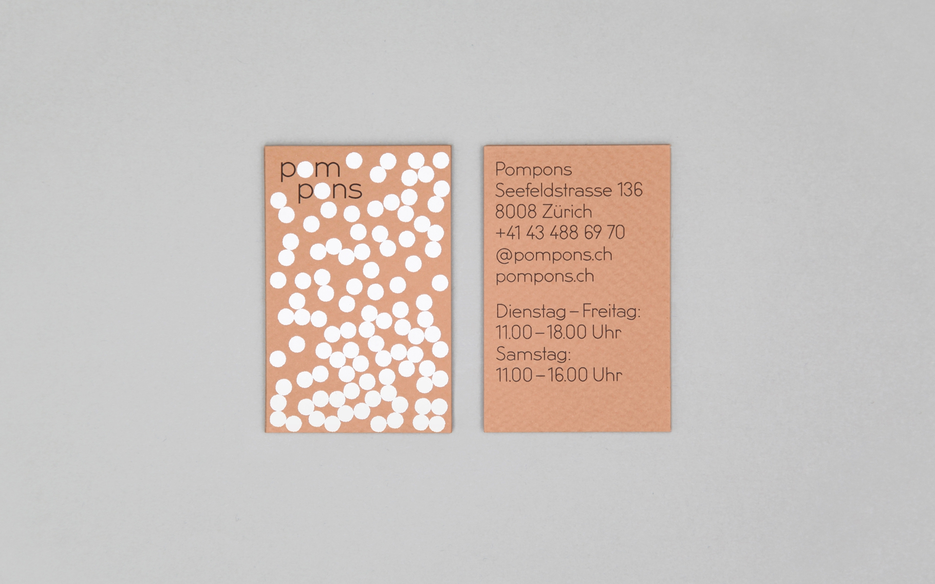 pompons-business-card-overhead-79487.jpg